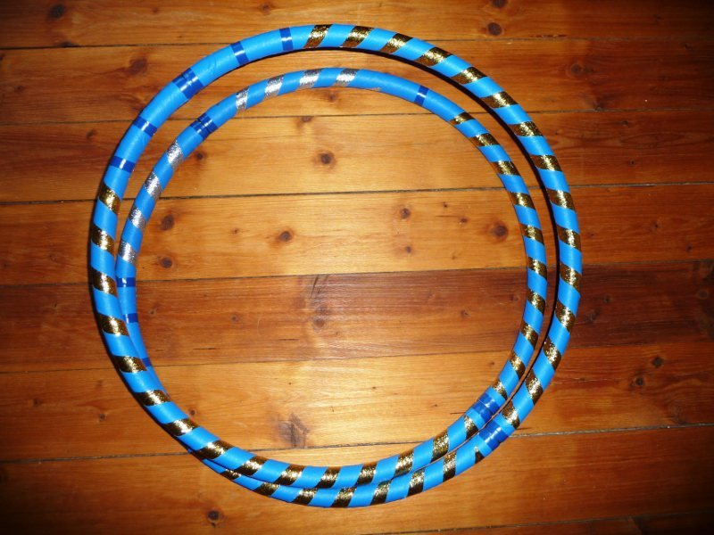 Collapsible hoop